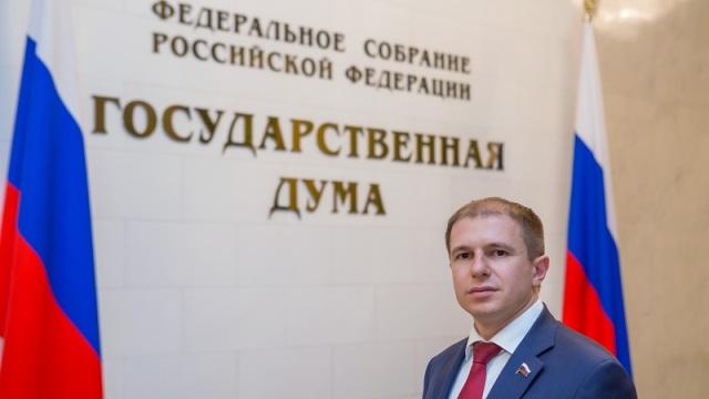Системное мошенничество в муниципалитете Петербурга помог обнаружить депутат Романов